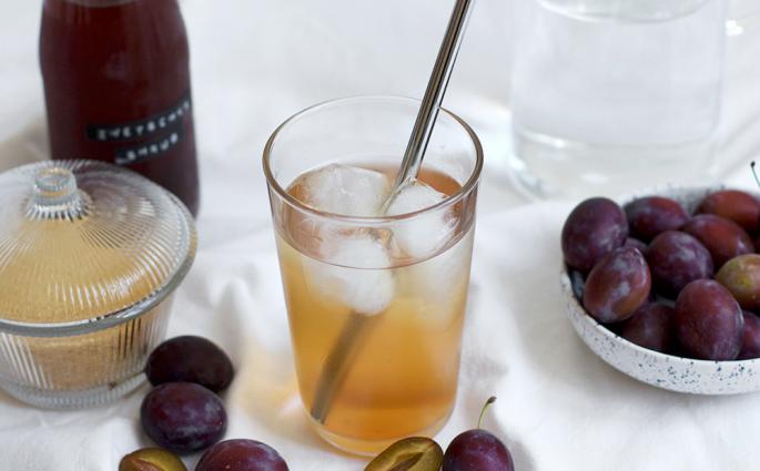 Drinks: Zwetschken Shrub | we love handmade