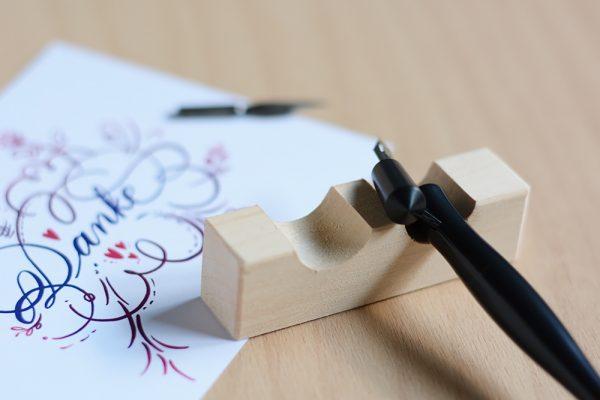 Federhalter-Ablage: Set für Kalligraphie| we love handmade