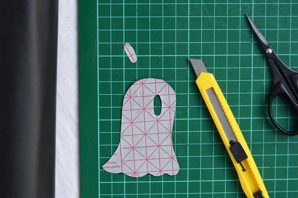 Geister-Glasmarkierung ausschneiden | we love handmade