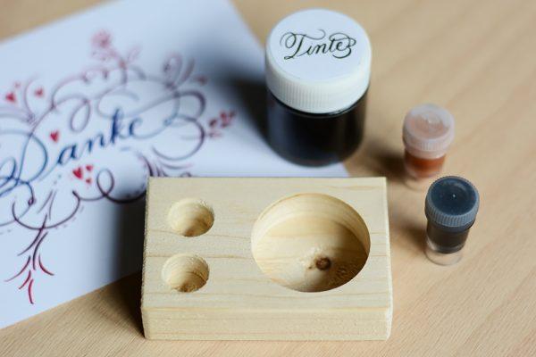 Kalligraphie-Kit: Tintenhalter aus Holz | we love handmade