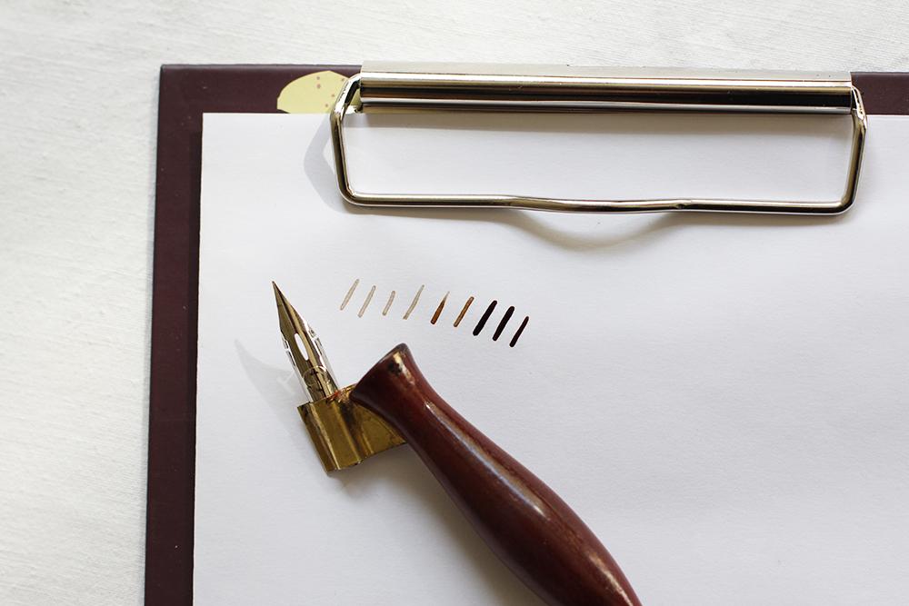 Walnusstinte: Schreibtest | we love handmade