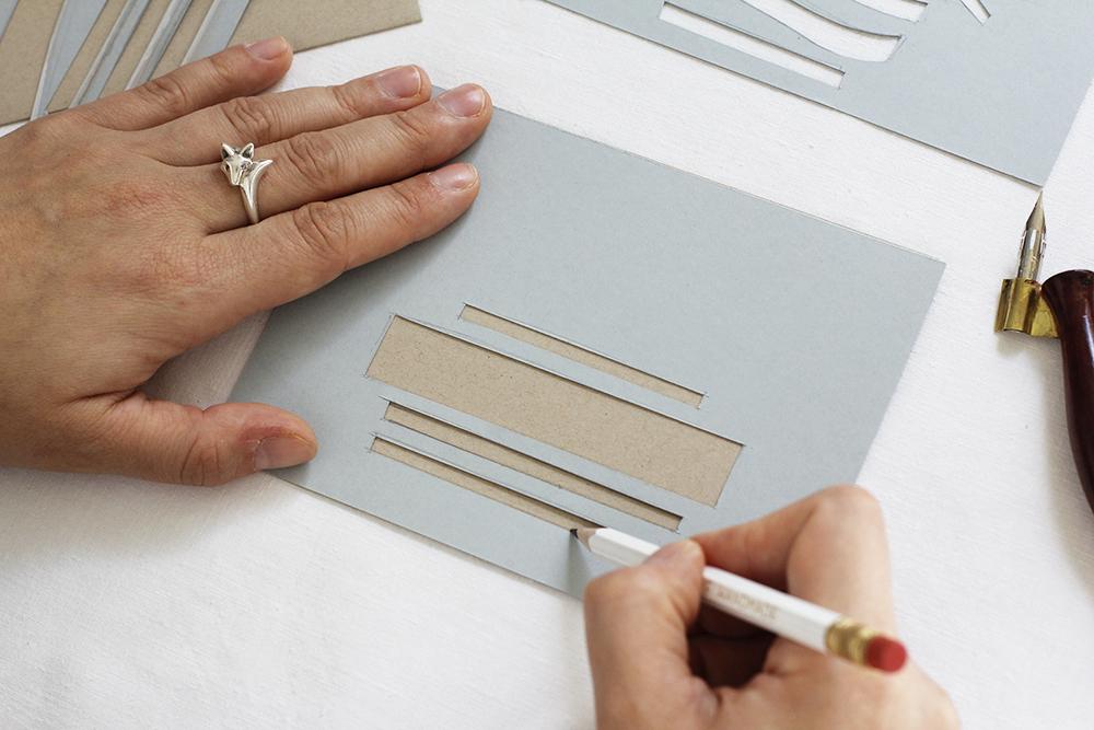 Kalligraphie-DIY: Kuvert-Schablone | we love handmade