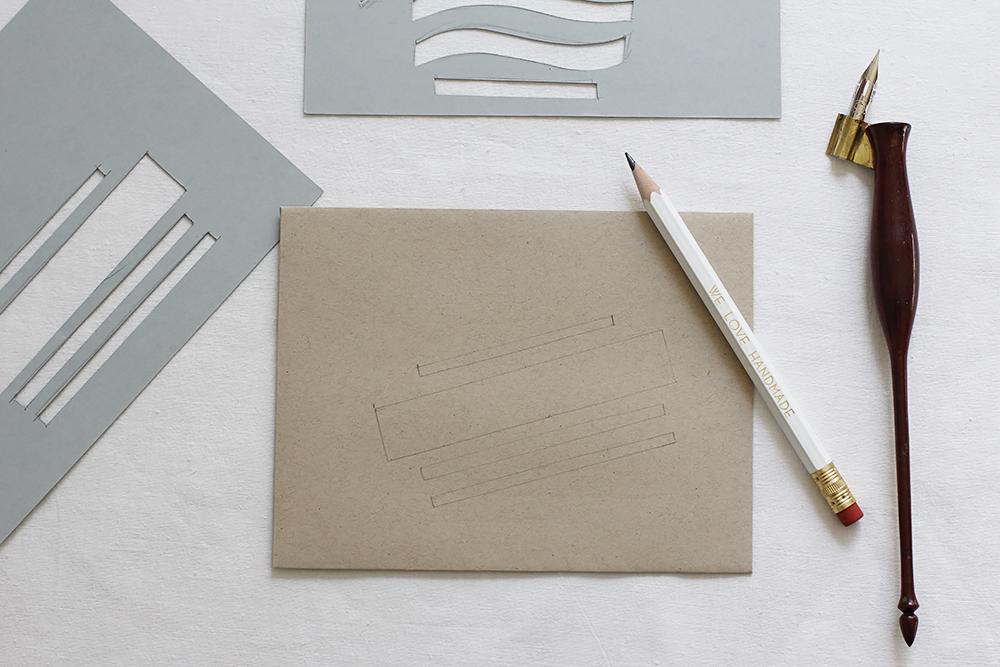 Kalligraphie-DIY: Kuvert-Schablonen | we love handmade