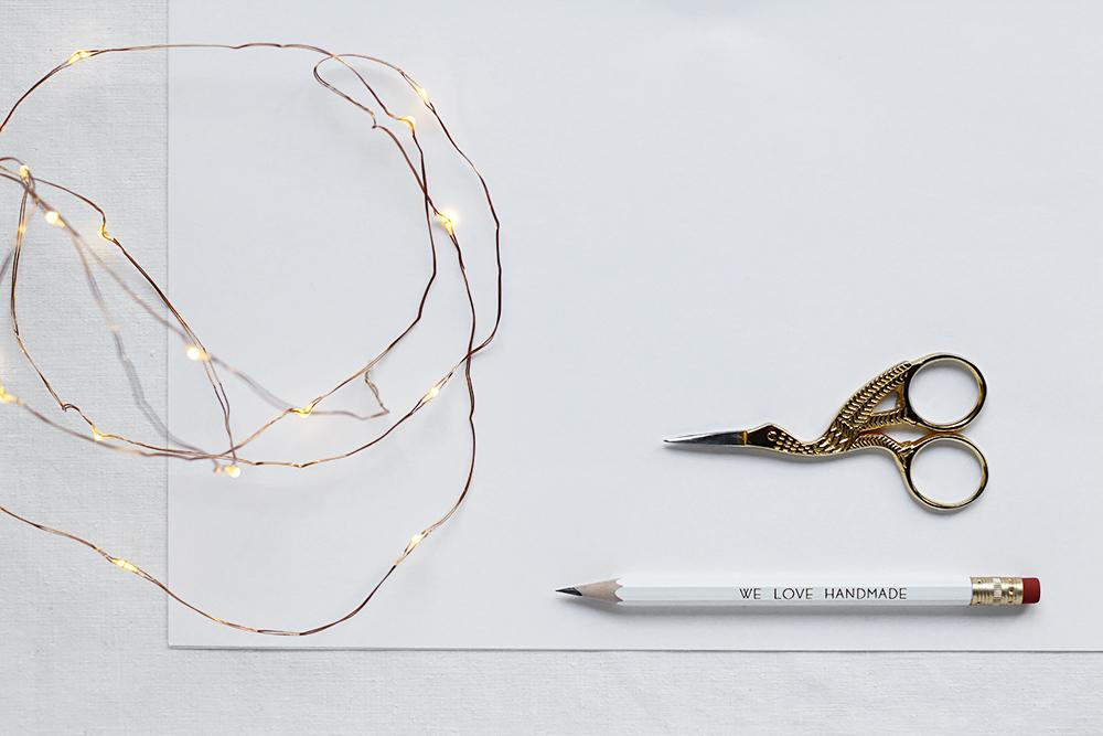 Scherenschnitt-Papierschneeflocke: Material | we love handmade