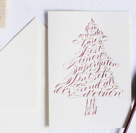 Kalligraphie-DIY: Weihnachtskarte in Baumform schreiben