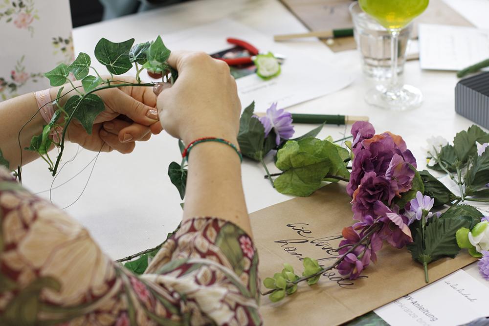 Blumenkränze binden: Workshop | we love handmade