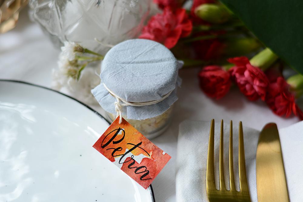 DIY: Tischkärtchen für Gastgeschenk | we love handmade