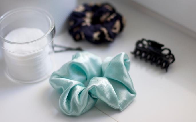 DIY: Scrunchie in Mint   we love handmade