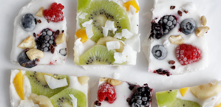 Rezept: Veganes Frozen Yogurt Bark