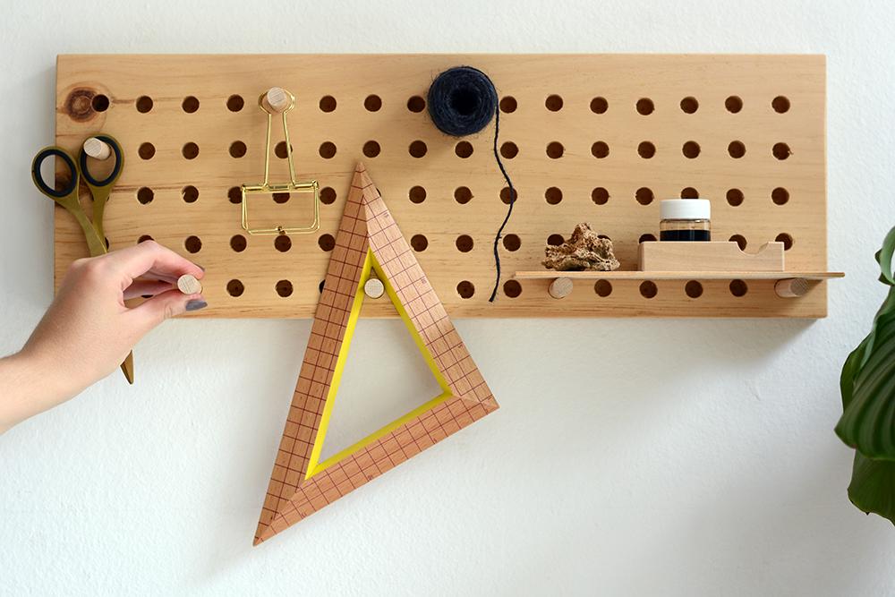 Holz-Pegboard selber machen | we love handmade