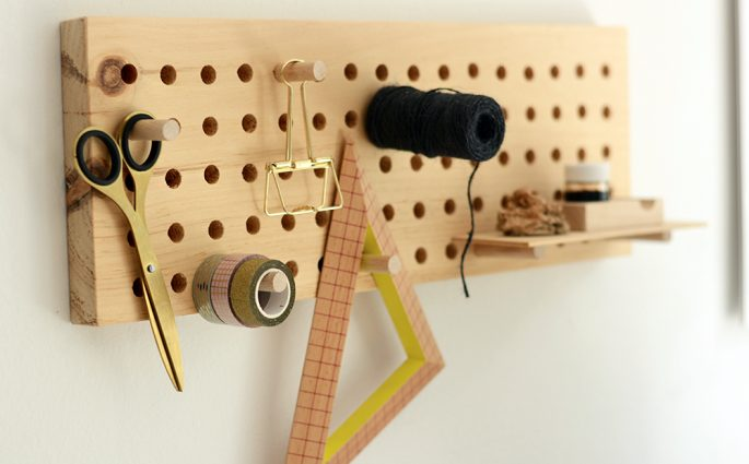 Pegboard aus Holz | we love handmade