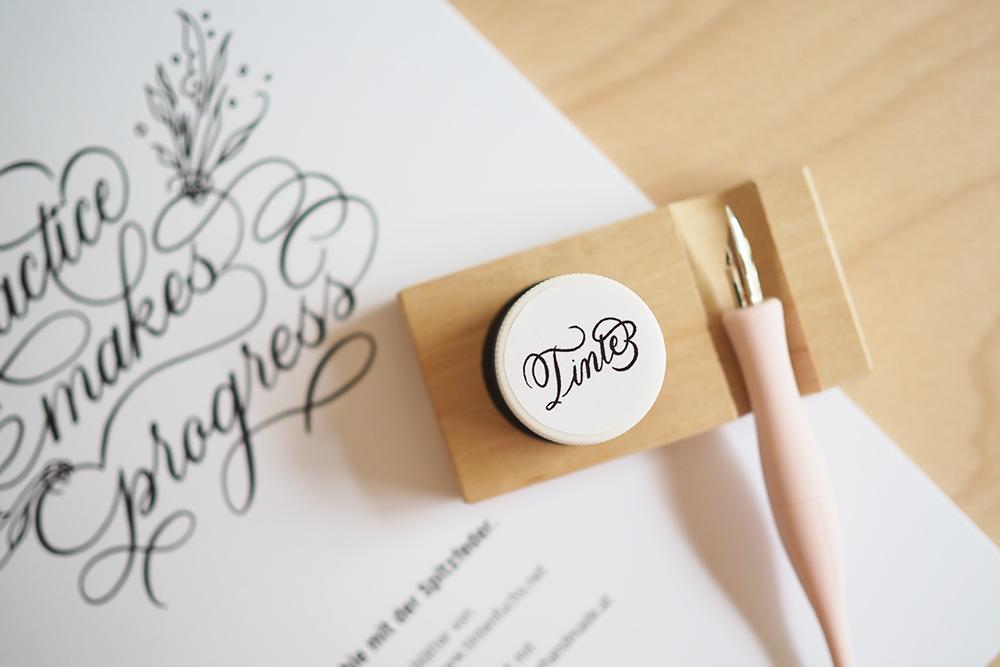 Tintenhalter inkl. Ablage aus Holz: Kalligraphie Kit  we love handmade