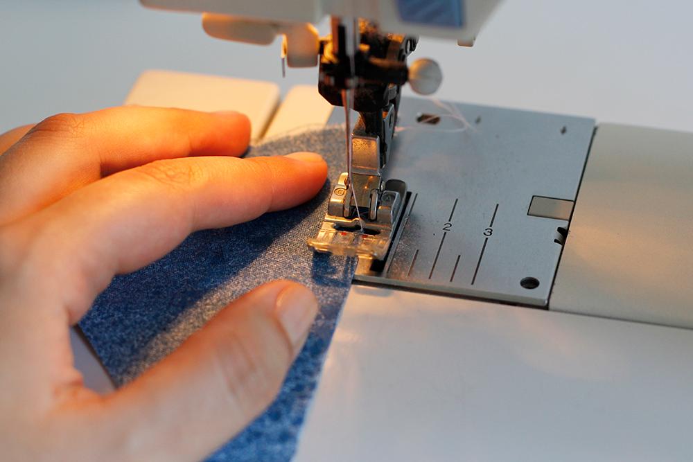 DIY: Wimpel aus Stoff nähen | we love handmade