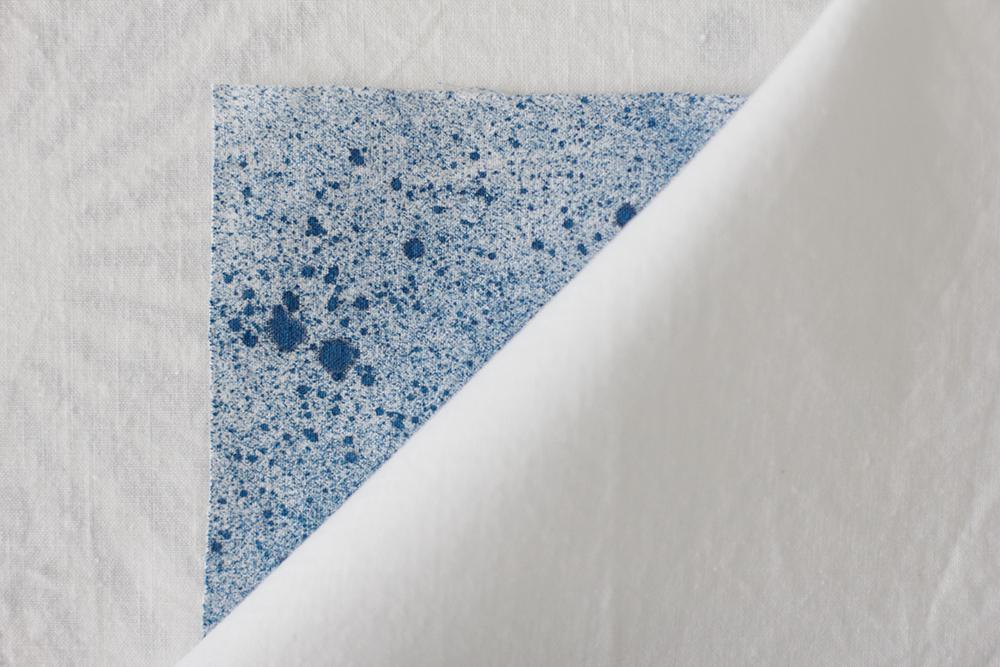 DIY: Stoffbanner - Um die Stofffarbe zu fixieren wird diese gebügelt | we love handmade