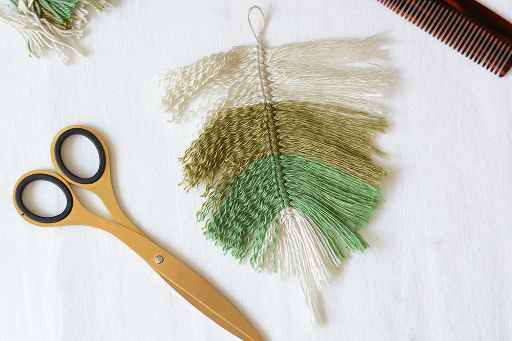 Makramee-Feder bürsten | we love handmade