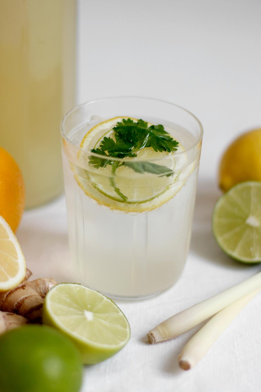 Drink: Rezept für selbst gemachte Koriander-Zitronengras-Limonade   we love handmade