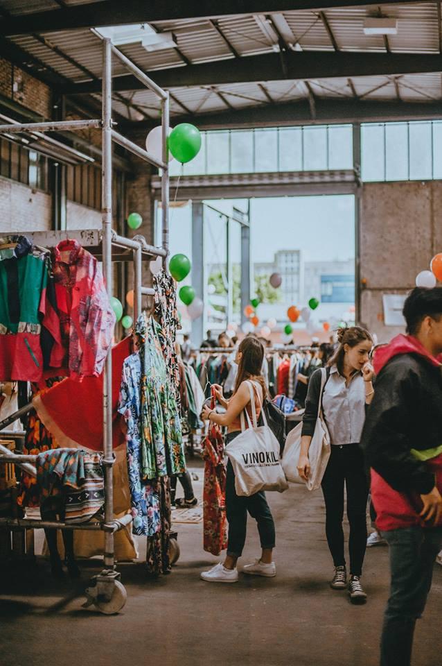Summer Vintage Kilo Sale Vienna |Foto vinokilo