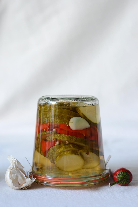 Zucchini klassisch einlegen | we love handmade
