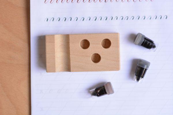 Kalligraphie: Dinky-Dip-Halter inkl. Ablage | we love handmade