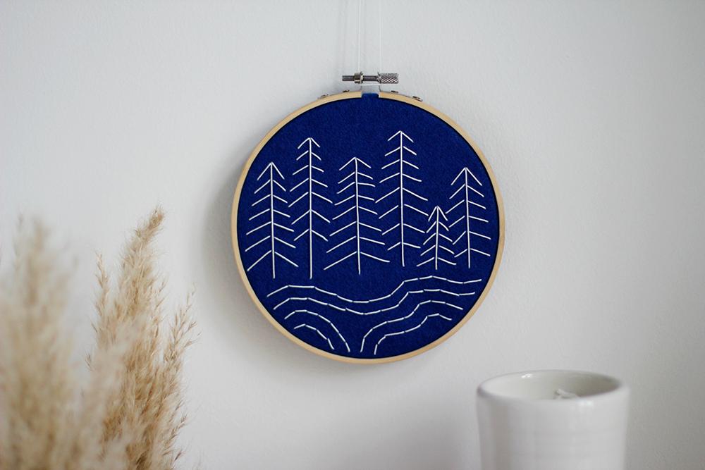 DIY: Stickbild mit Filz selber machen | we love handmade