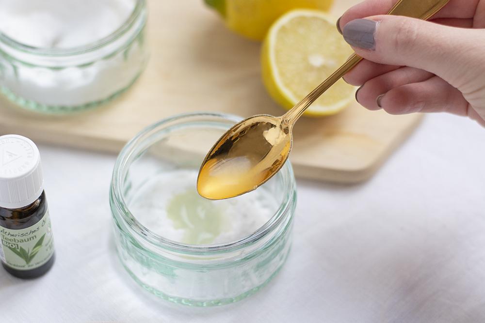Zucker-Zitronen-Peeling: Beauty-DIY | we love handmade