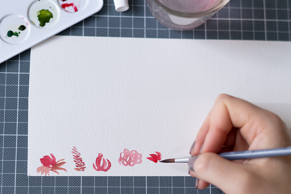 Blumenmuster mit Aquarell: Tischkarten | we love handmade