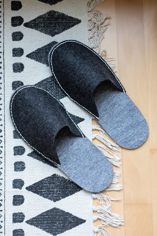 Hausschuhe aus Filz: DIY   we love handmade