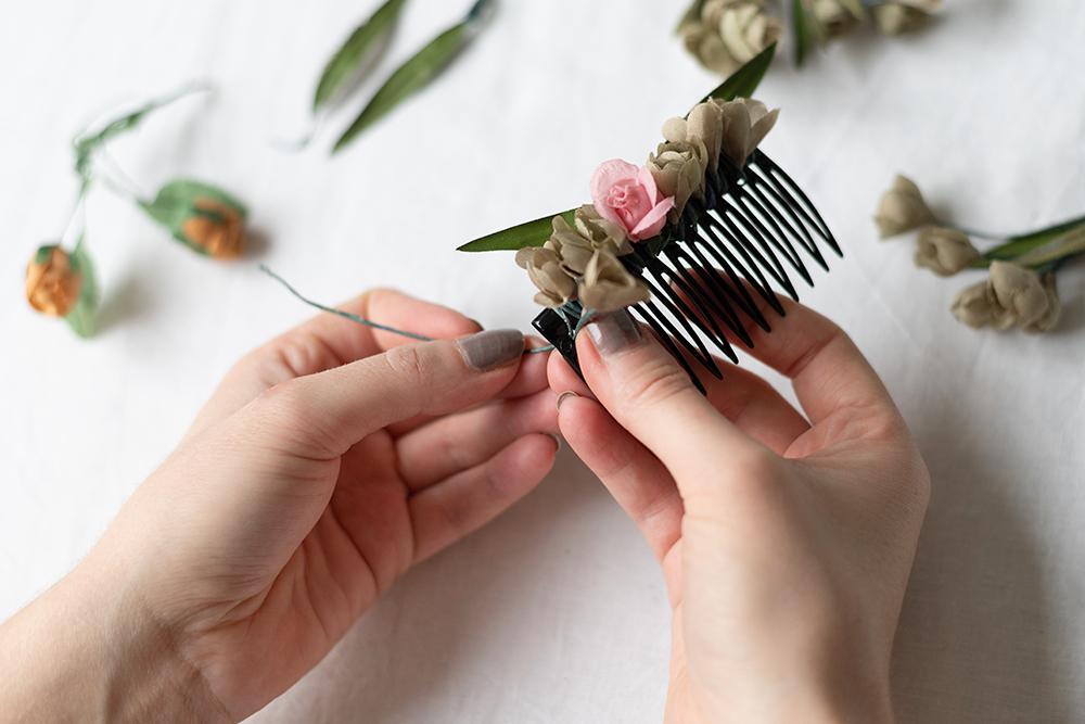 Haarspange mit Blumen: DIY | we love handmade