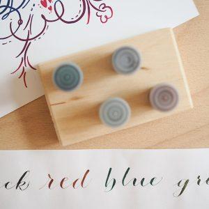 Kalligraphie: Dinky-Dip-Halter mit Schreibtinten | we love handmade