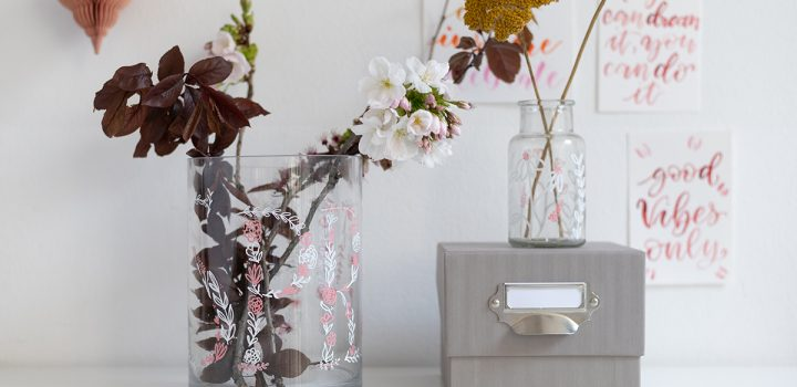 DIY: Vasen bemalen – Frühlingsdeko