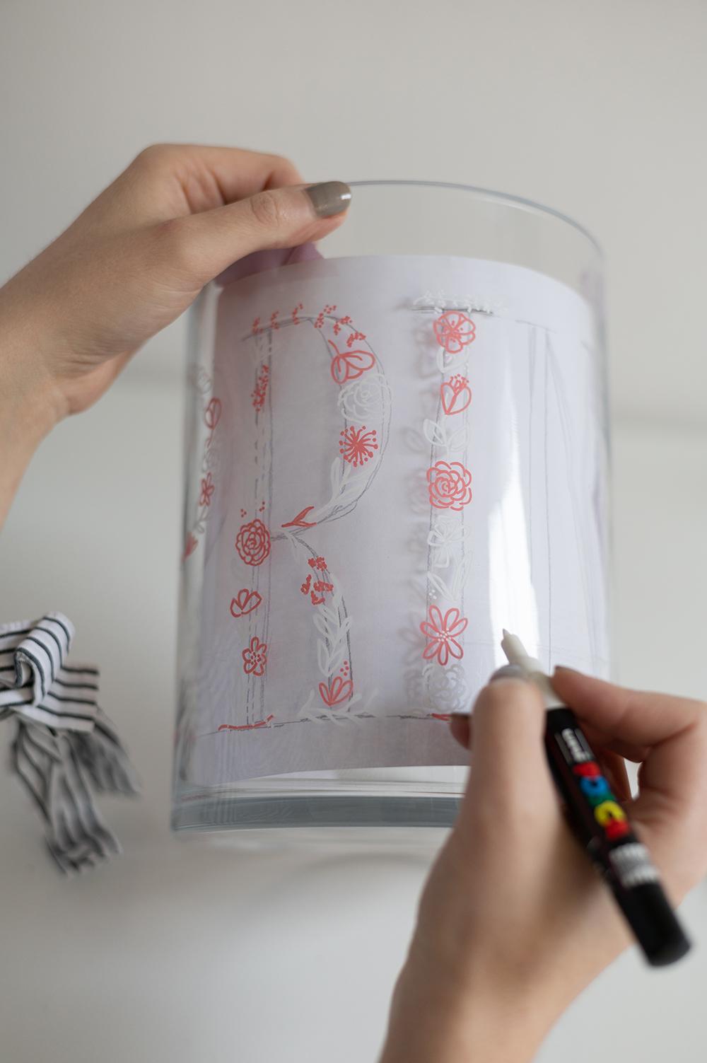 Vase: Handlettering DIY | we love handmade