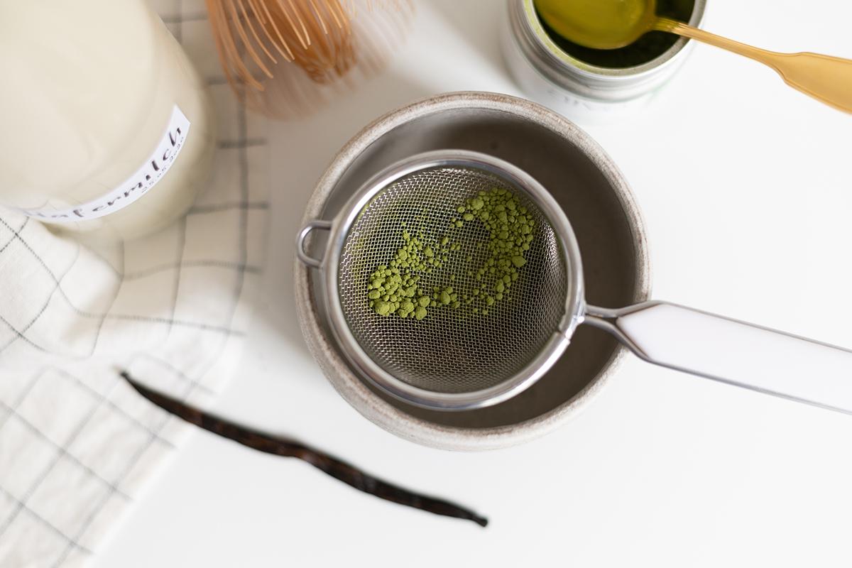Vanilla Matcha Latte: Rezept | we love handmade