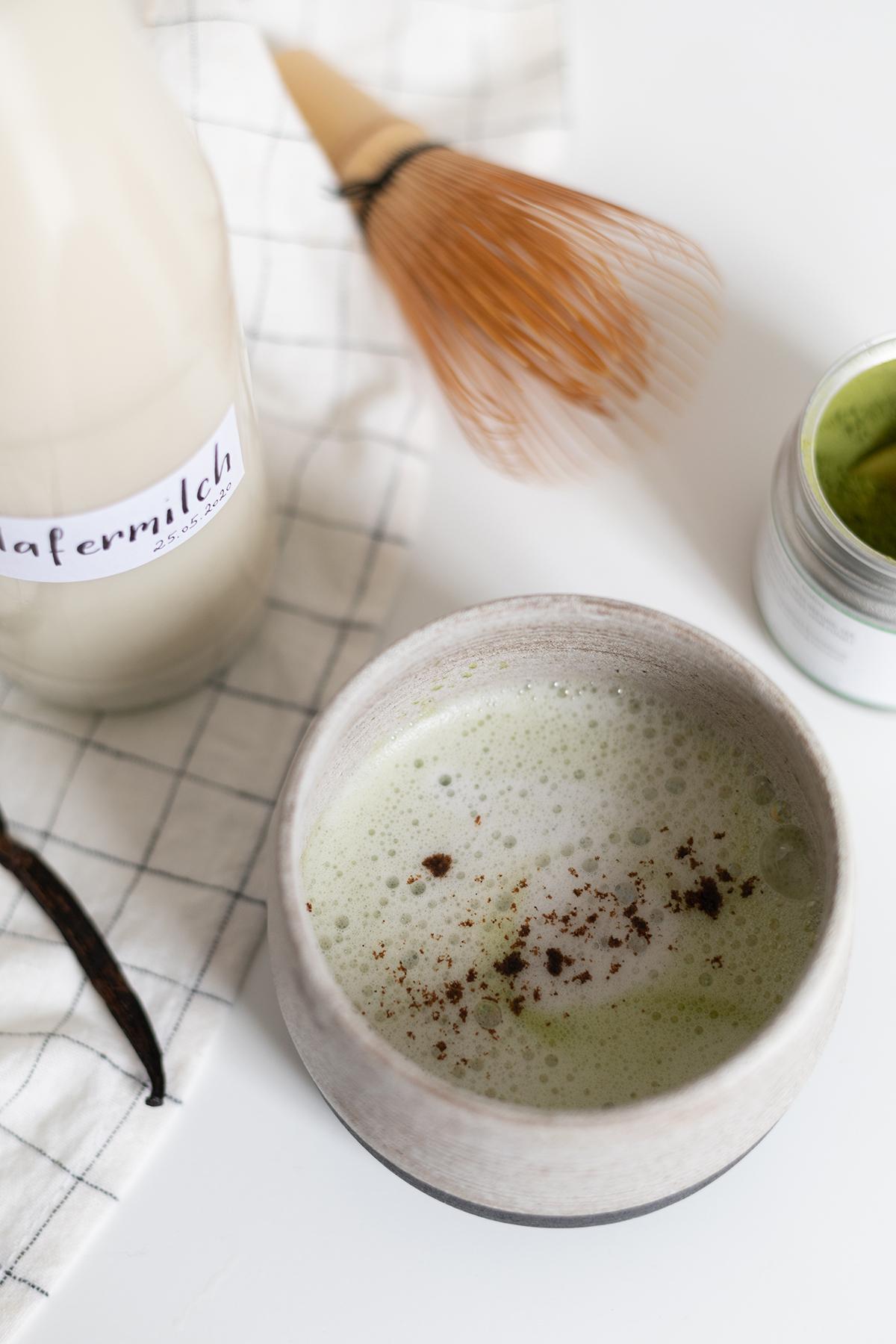 Vanilla Matcha Latte vegan | we love handmade