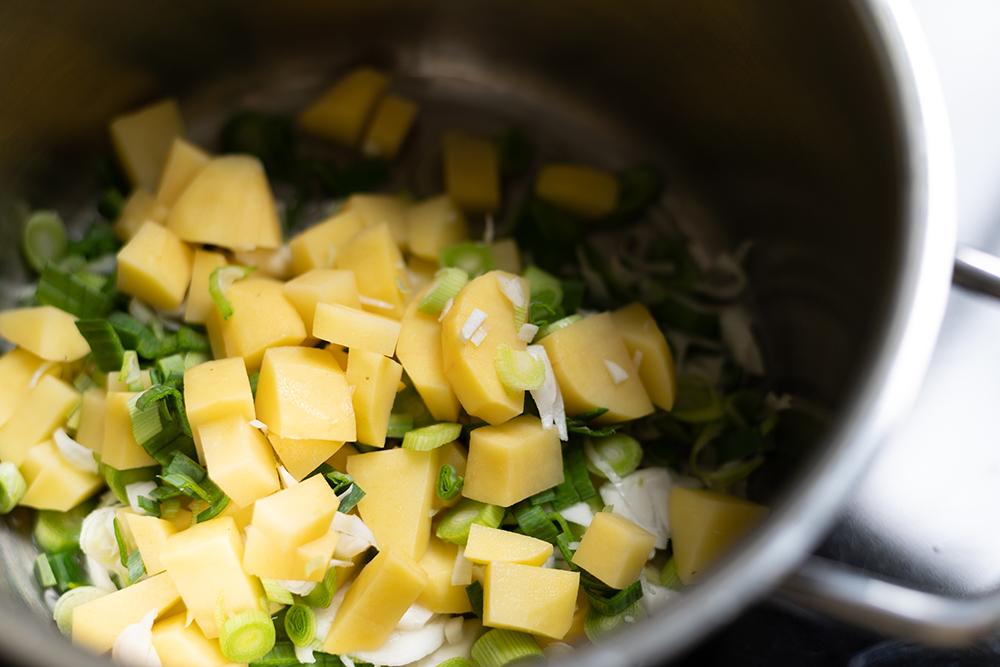 Knoblauchsuppe vegan | we love handmade