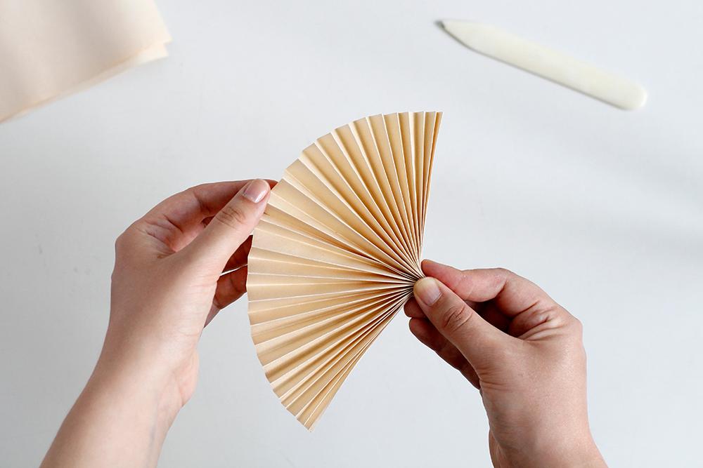 Palmwedel als Cocktailstab | we love handmade