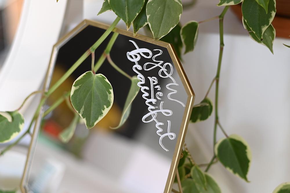 Spiegel-Lettering: DIY | we love handmade
