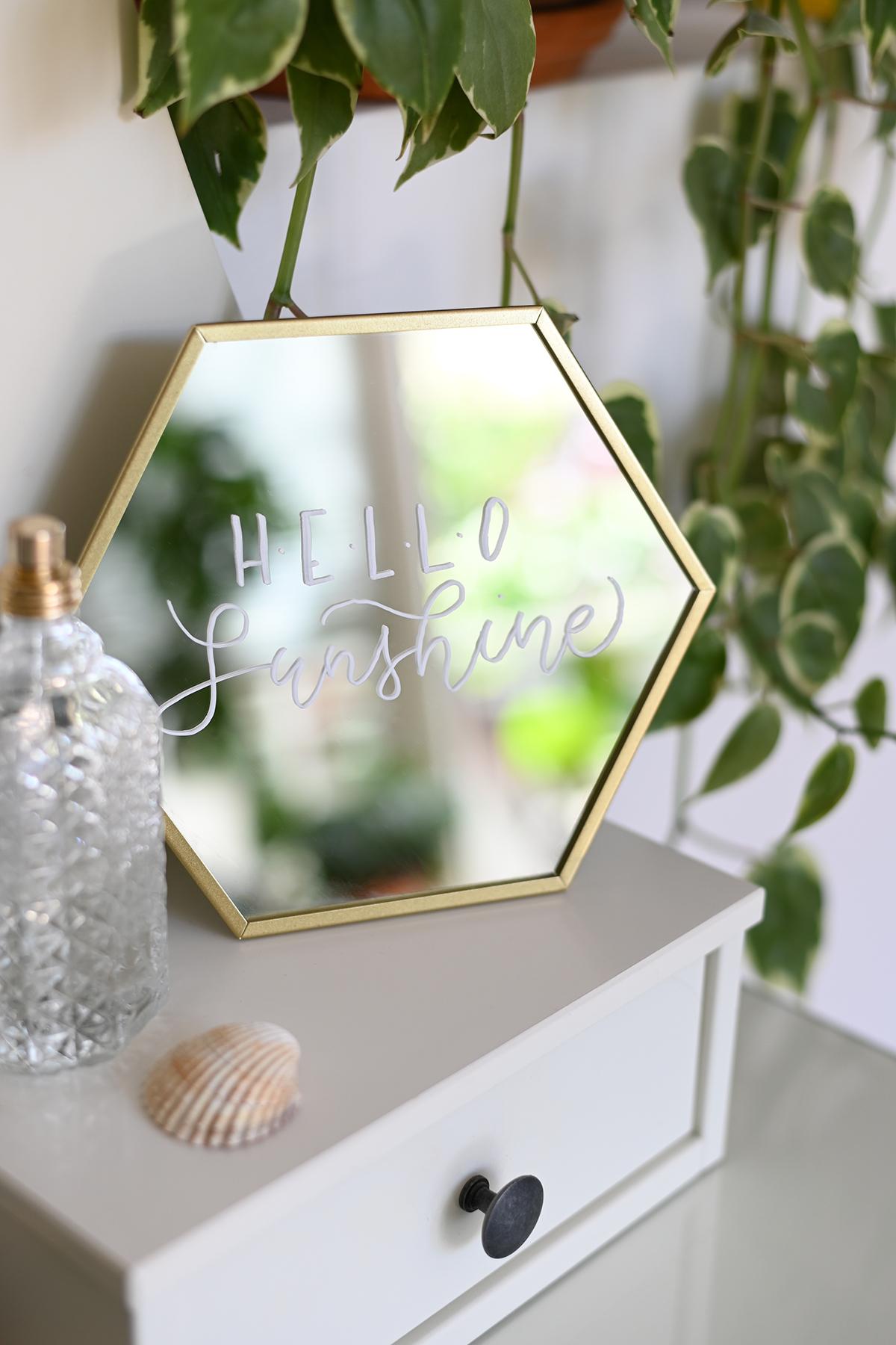 Spiegel mit Botschaft | we love handmade