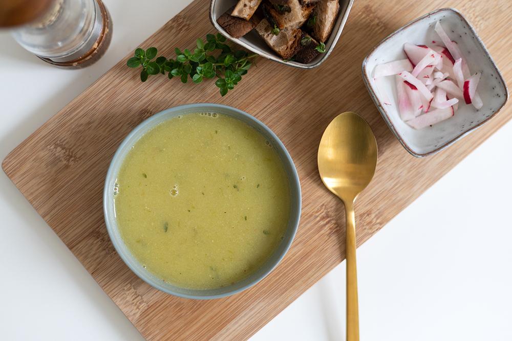 vegane Knoblauchsuppe-Rezept | we love handmade