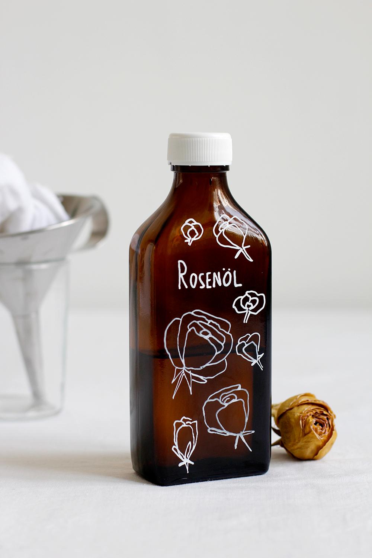 Beauty-DIY: Rosen Massageöl | we love handmade