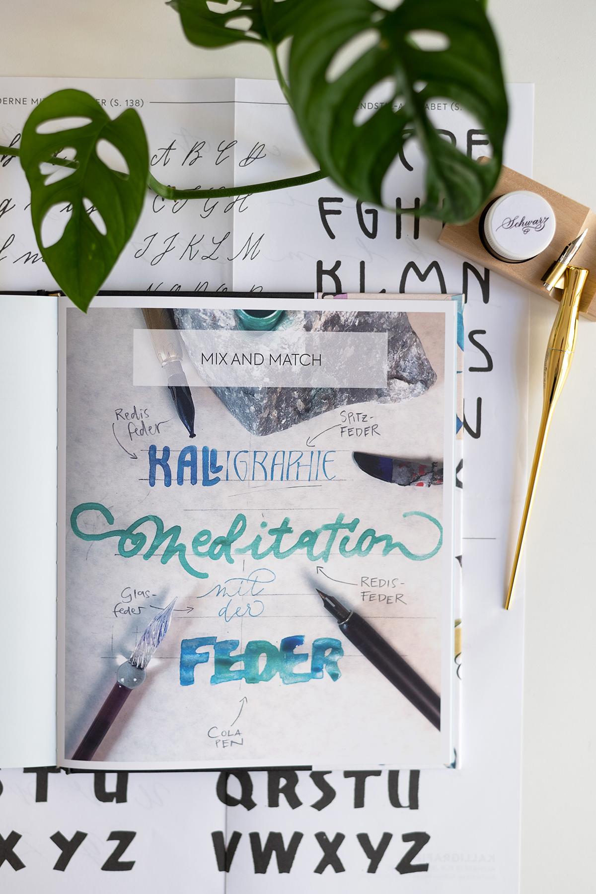Kalligraphie Alphabete üben: Buch | we love handmade