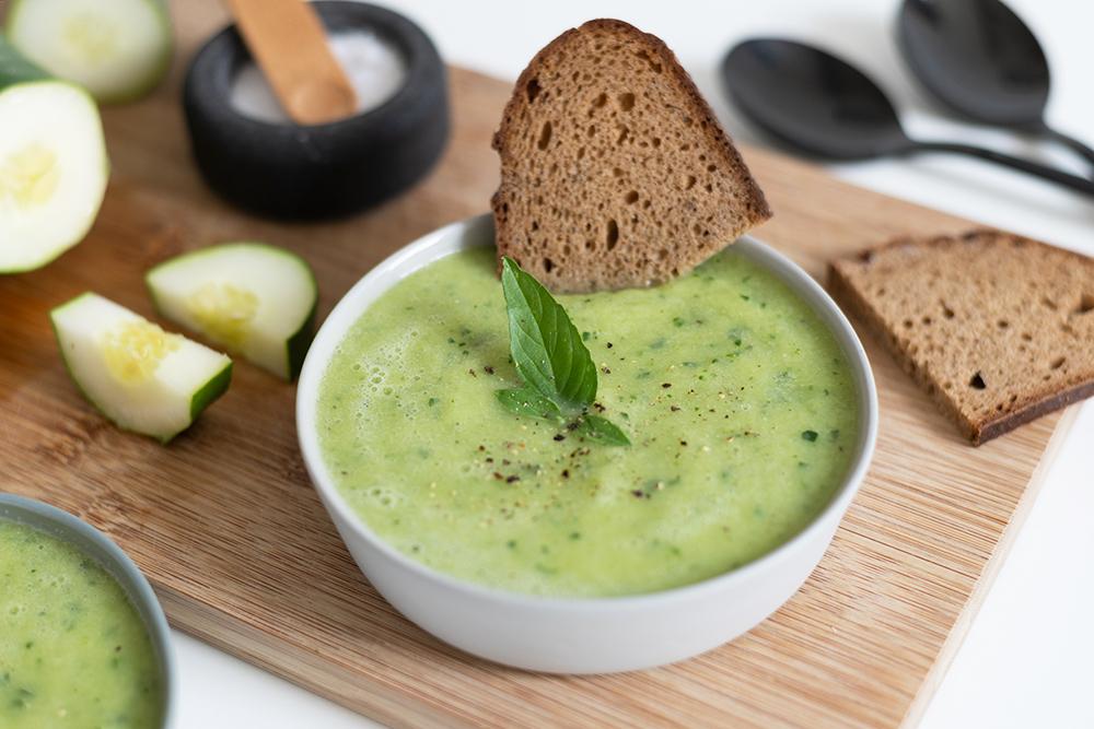 Rezept: vegane Gurkensuppe | we love handmade