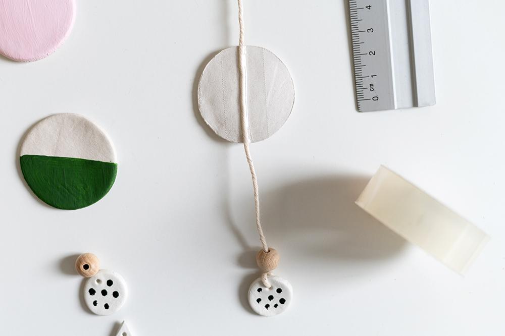 Wandbehang aus Clay | we love handmade