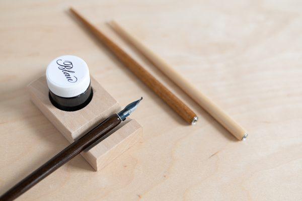 Holzfederhalter mit Redisfeder | we love handmade
