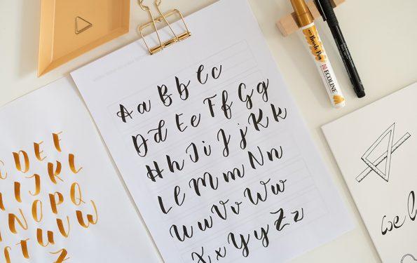 Buchstabenvariationen Brush Lettering | we love handmade