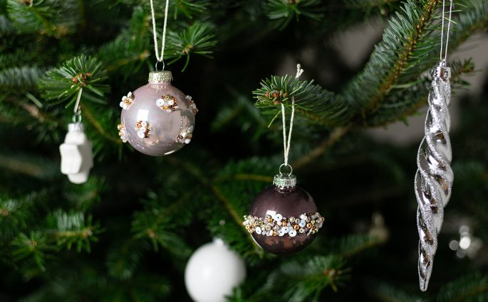 Baumschmuck mit Perlen | we love handmade