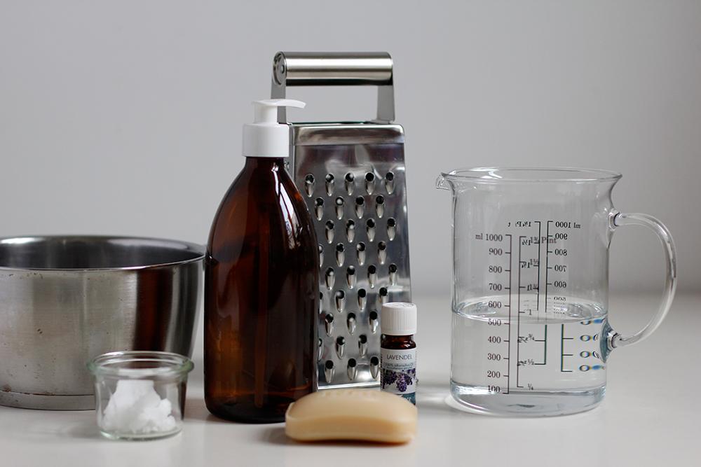 DIY: Flüssigseife selbermachen | we love handmade