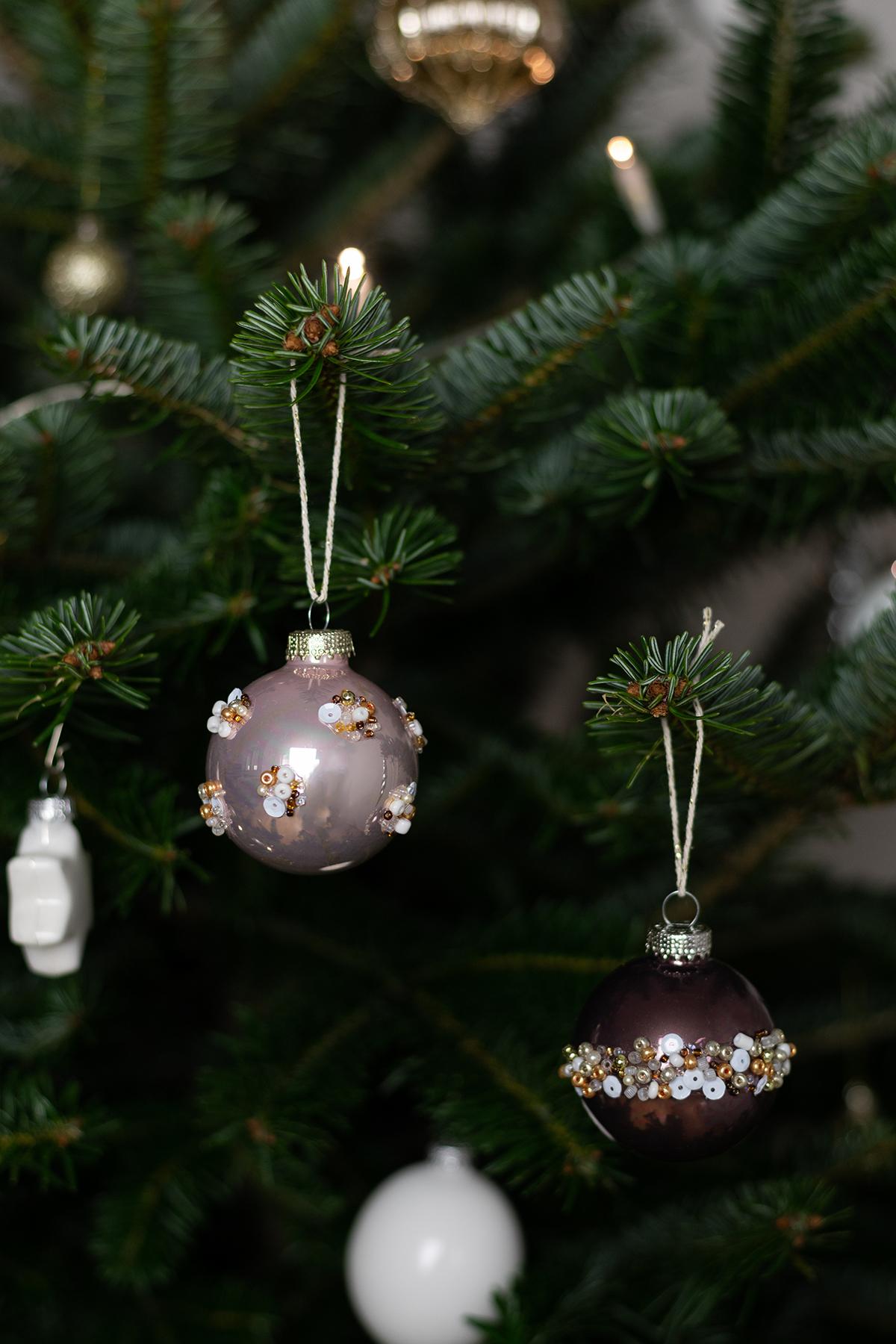 Perlen-Weihnachtskugeln selber machen | we love handmade