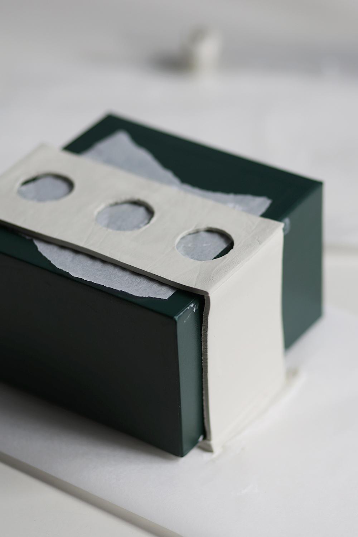 DIY: Anzuchtstation - Modelliermasse Teile zusammenbauen | we love handmade