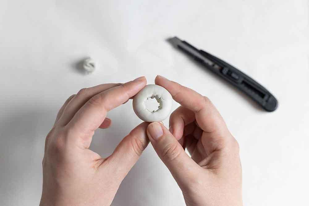 DIY: Magnetische Anzuchtstation mit Reagenzglas Loch aus Keramiplast schneiden | we love handmade