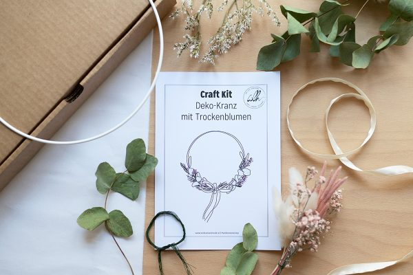Craft Kit: Trockenblumen-Kranz | we love handmade